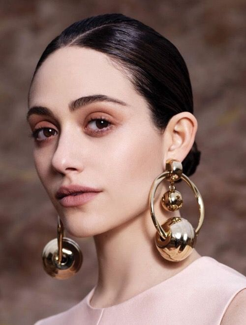 Mismatched Earrings Trend 2019