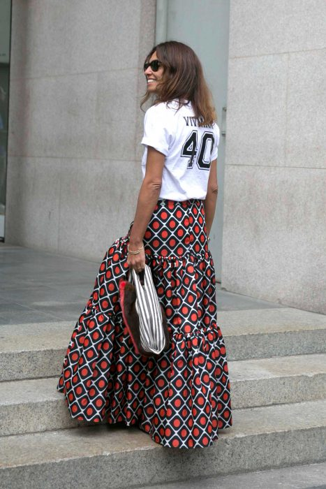 Maxi Skirts Outfit Ideas (13)