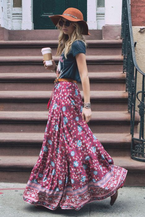 Maxi Skirts Outfit Ideas (14)
