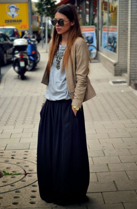 Maxi Skirts Outfit Ideas (16)