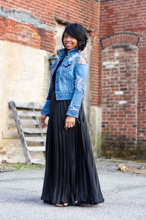 Maxi Skirts Outfit Ideas (8)