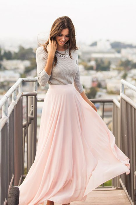 Maxi Skirts Outfit Ideas (9)