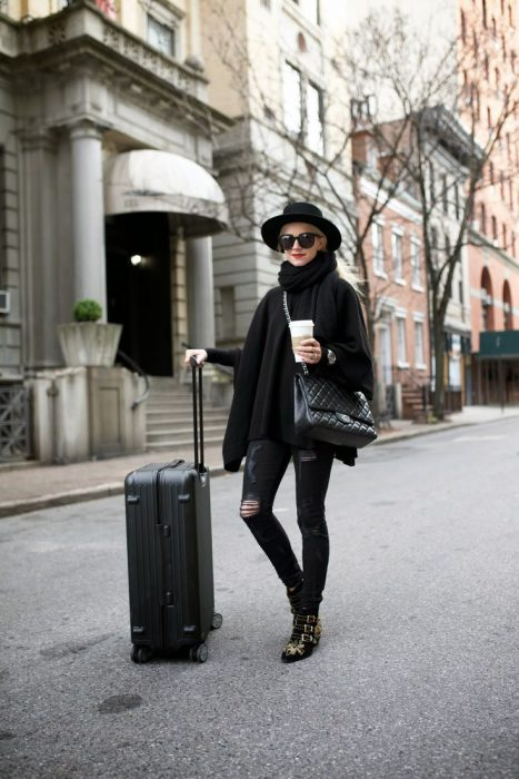 Traveling Looks For Women You Can Copy Now 2019