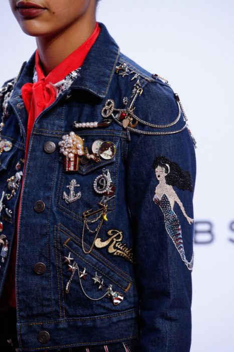 Brooches, Patches And Badges Fashion Trend 2021