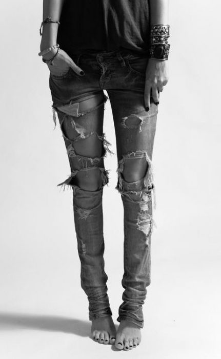 Distressed Women's Jeans Are Back 2020