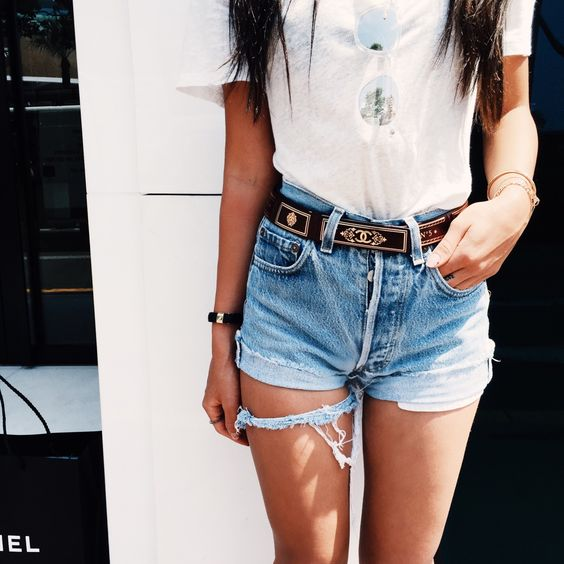 Women Shorts Outfit Ideas 2018 (17)