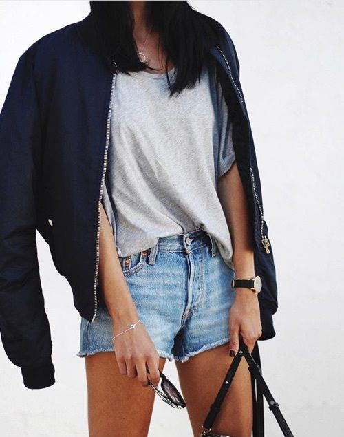 Women Shorts Outfit Ideas 2018 (21)