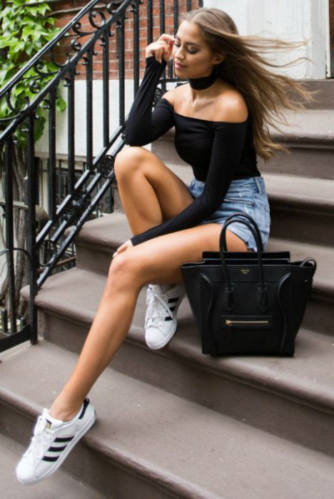 Women Shorts Outfit Ideas 2018 (32)