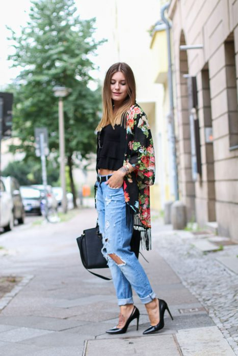 Best Kimono And Jeans Outfit Ideas For Women 2018 (11)
