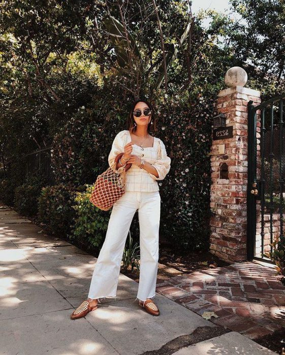 White Jeans Outfit Ideas For Women 2018 Street Style (19)