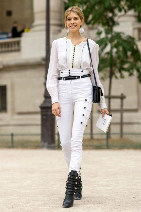 White Jeans Outfit Ideas For Women 2018 Street Style (5)