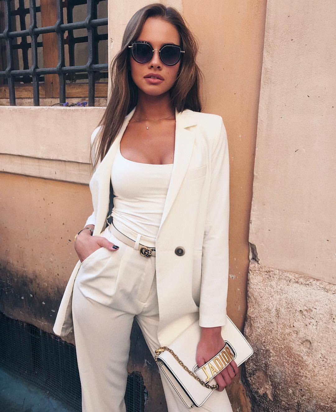 Can You Wear White Pantsuits In Italy This Summer 2019