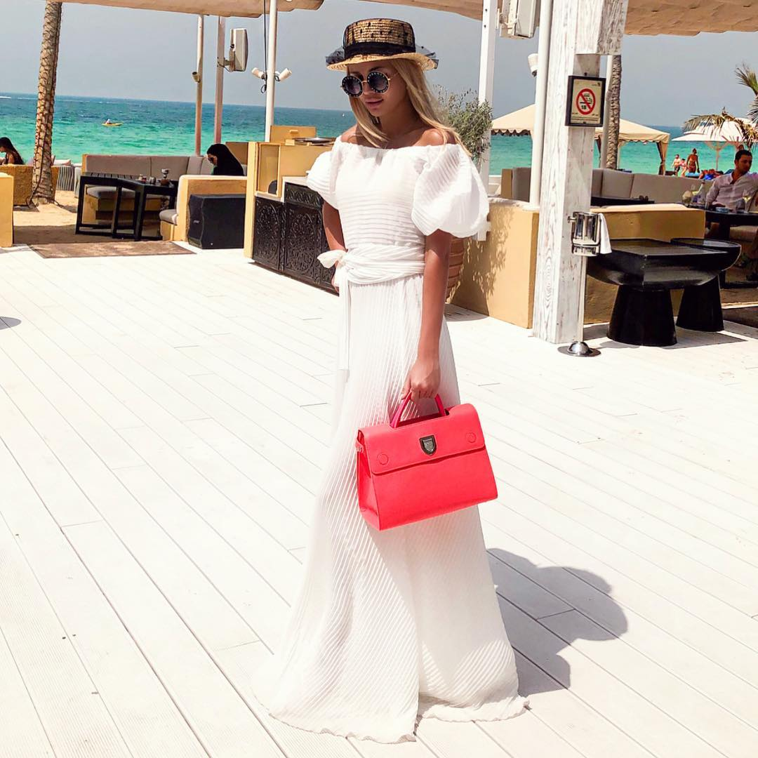 White Maxi Gown For Summer Vacation 2019