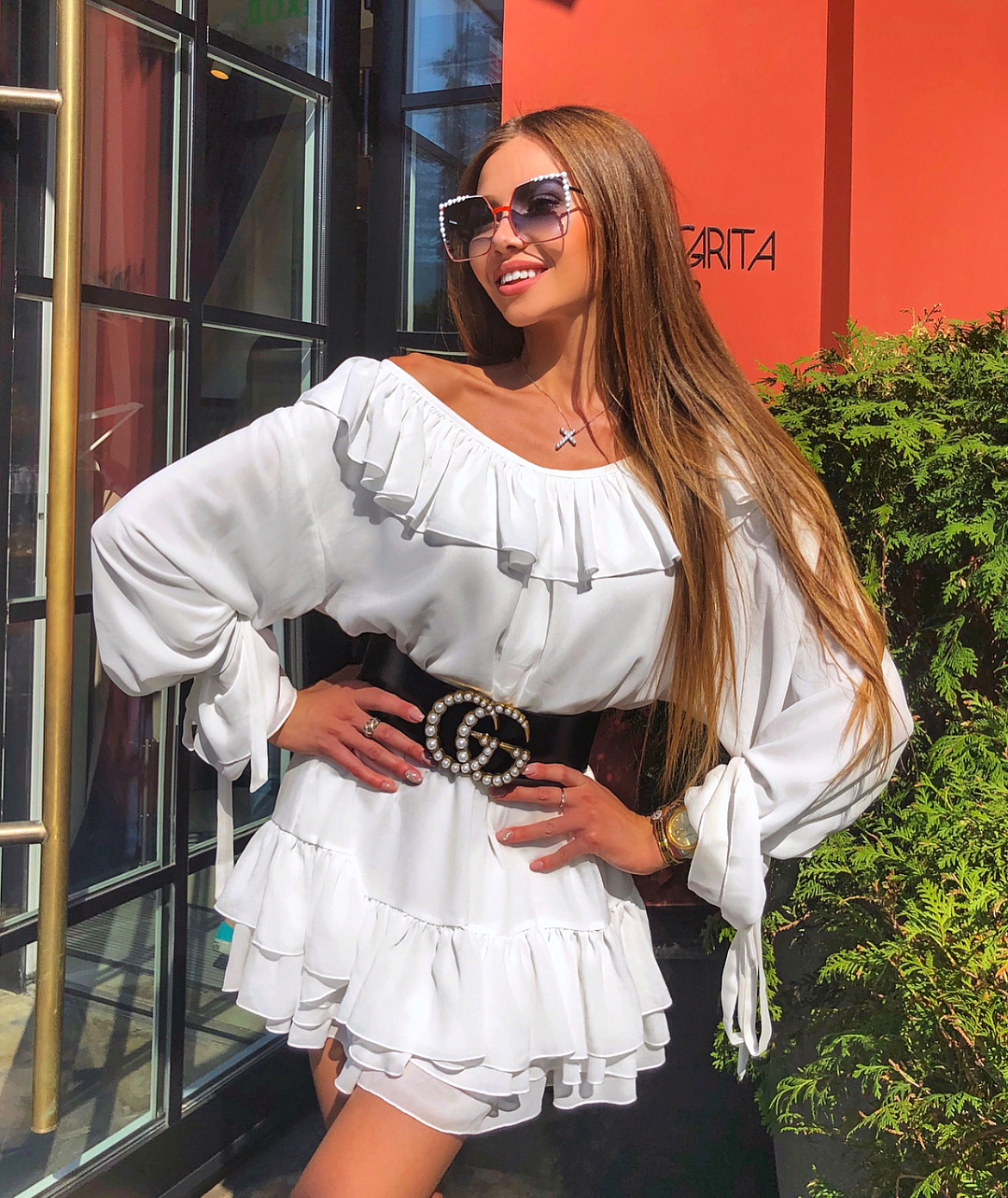 How To Style Long Sleeve White Dress With Ruffles During Summer 2020