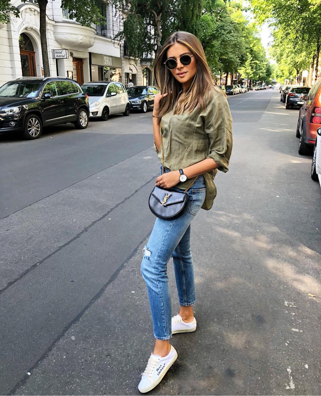 How To Wear Oversized Khaki Green Blouse This Summer 2019