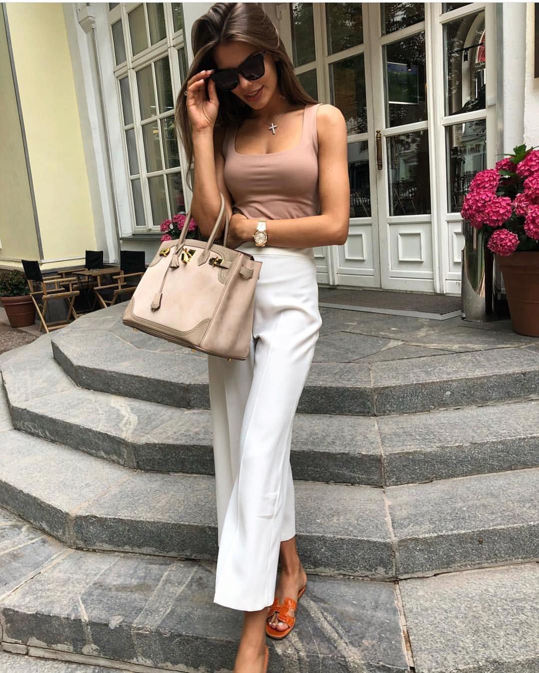 Ankle Length White Wide Pants To Match With Beige Tank Top For Summer 2019