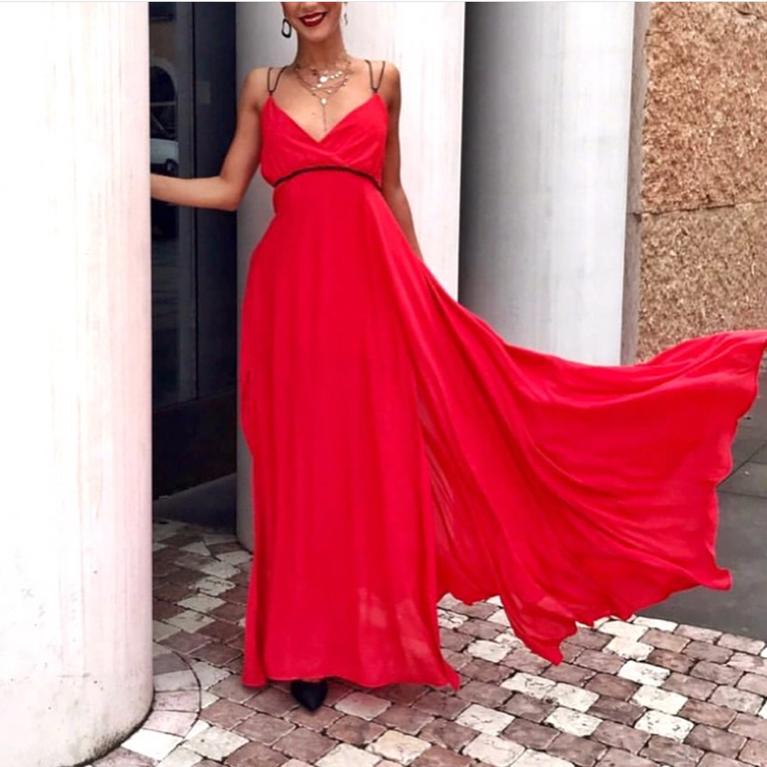Maxi Gown In Red For Summer Cocktail Parties 2019