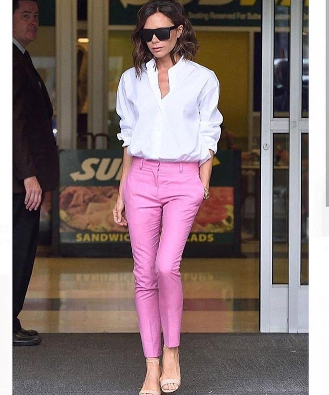 Dressy Outfit For Summer White Shirt And Pink Tailored Pants 2019
