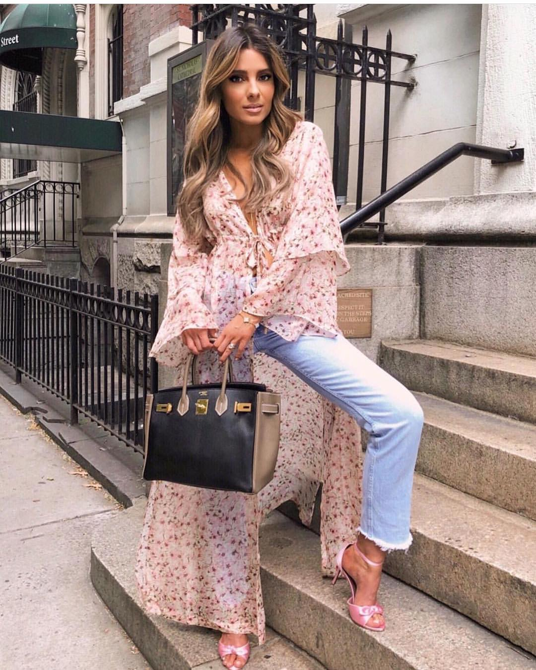 Bohemian Summer Essentials: Maxi Light Floral Robe Coat, Jeans And Heels 2020
