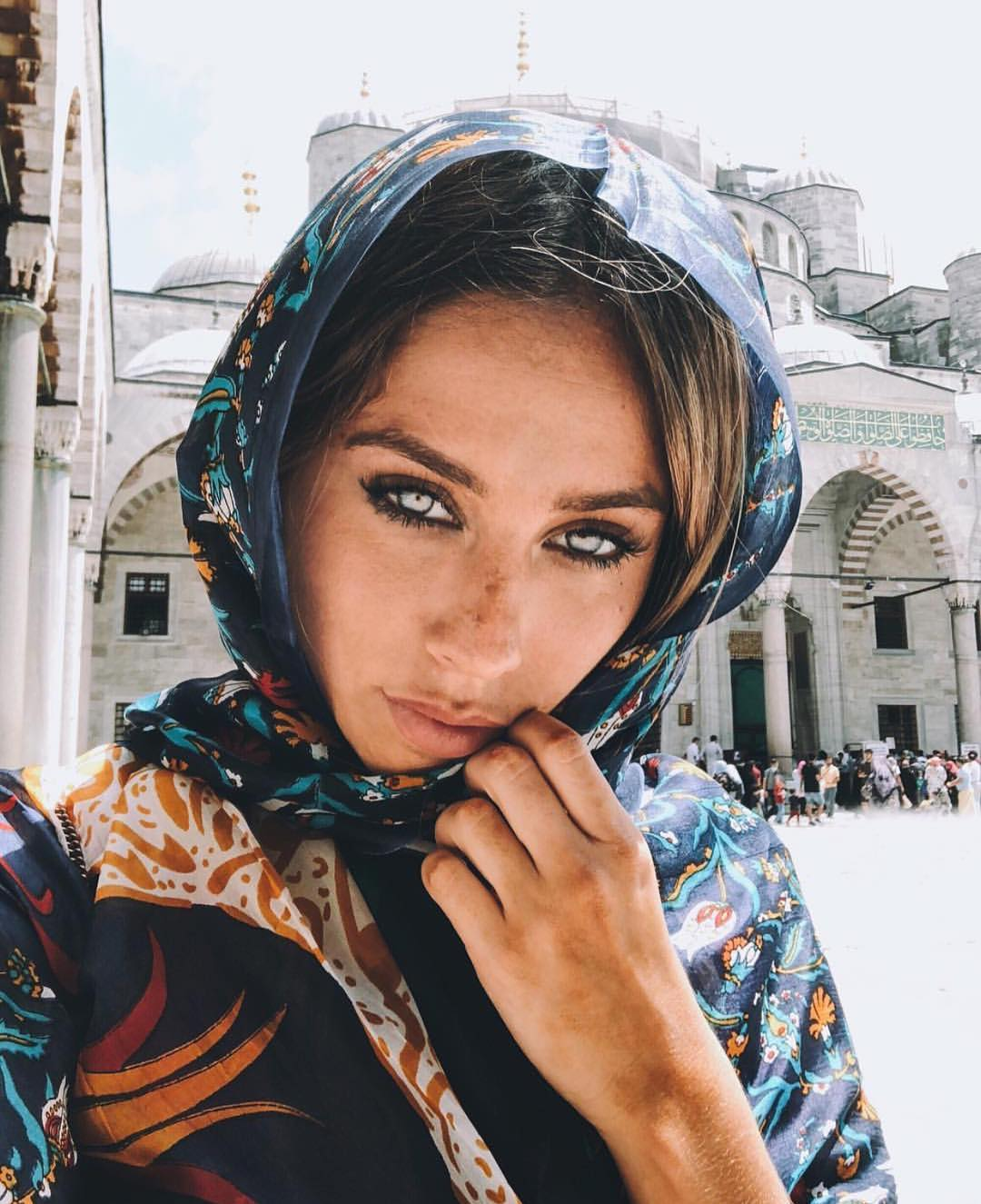 Blue Printed Headscarf For Summer Vacation 2020