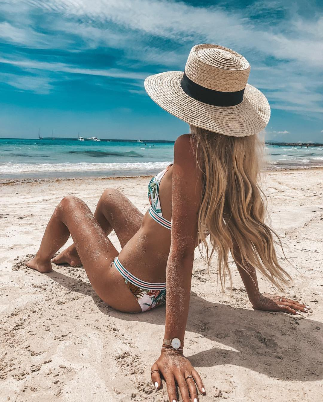 White Bikini Set In Jungle Print For Summer Getaway 2021