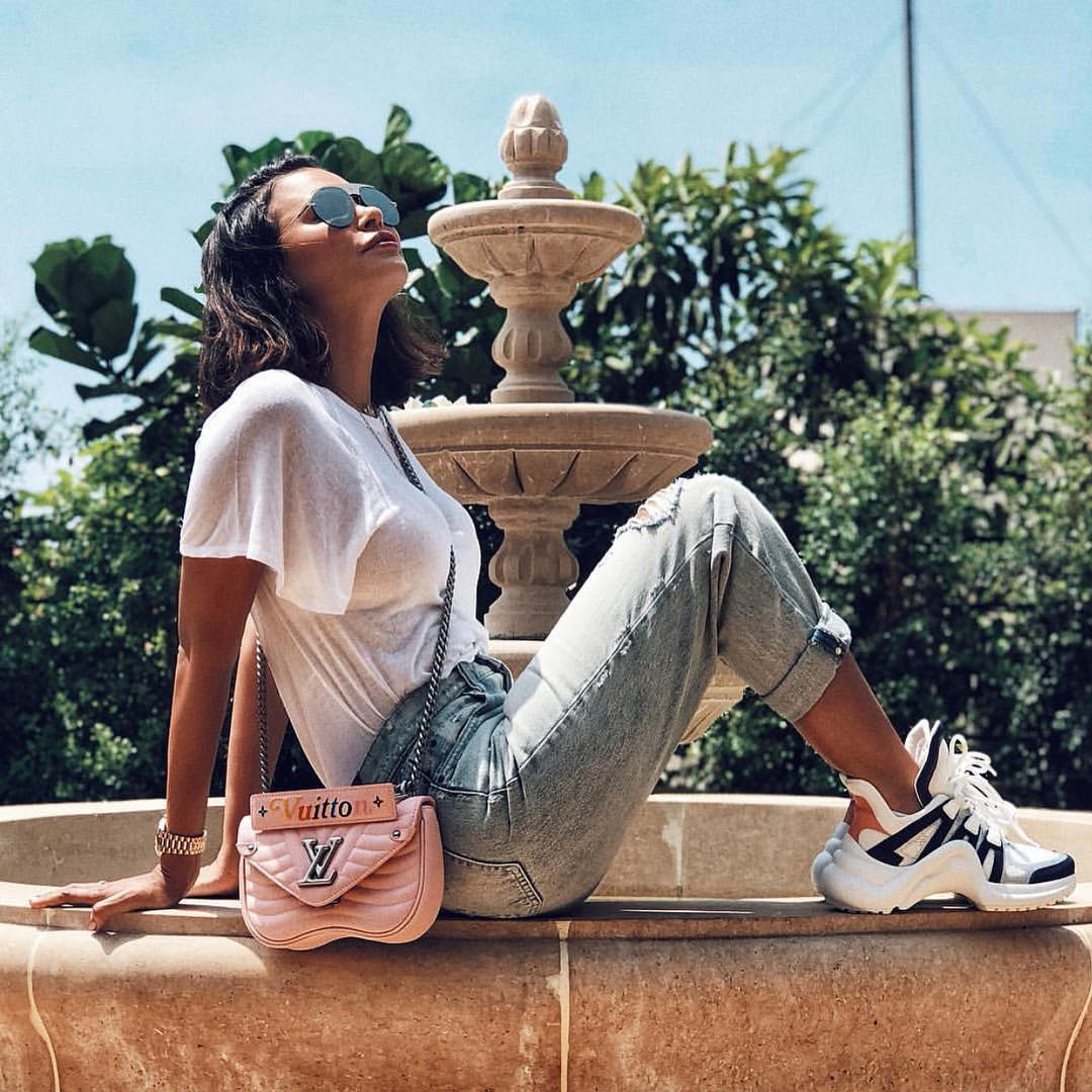 How To Wear Chunky Sneakers With Ripped Jeans And White Tee For Summer 2019