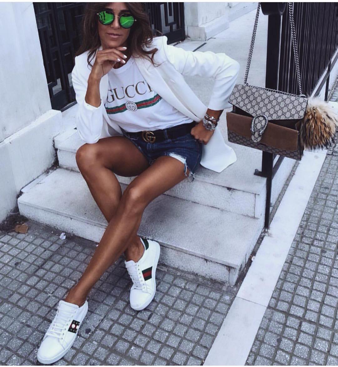 White Blazer, Tee And Sneakers With Blue Denim Shorts For Summer 2019