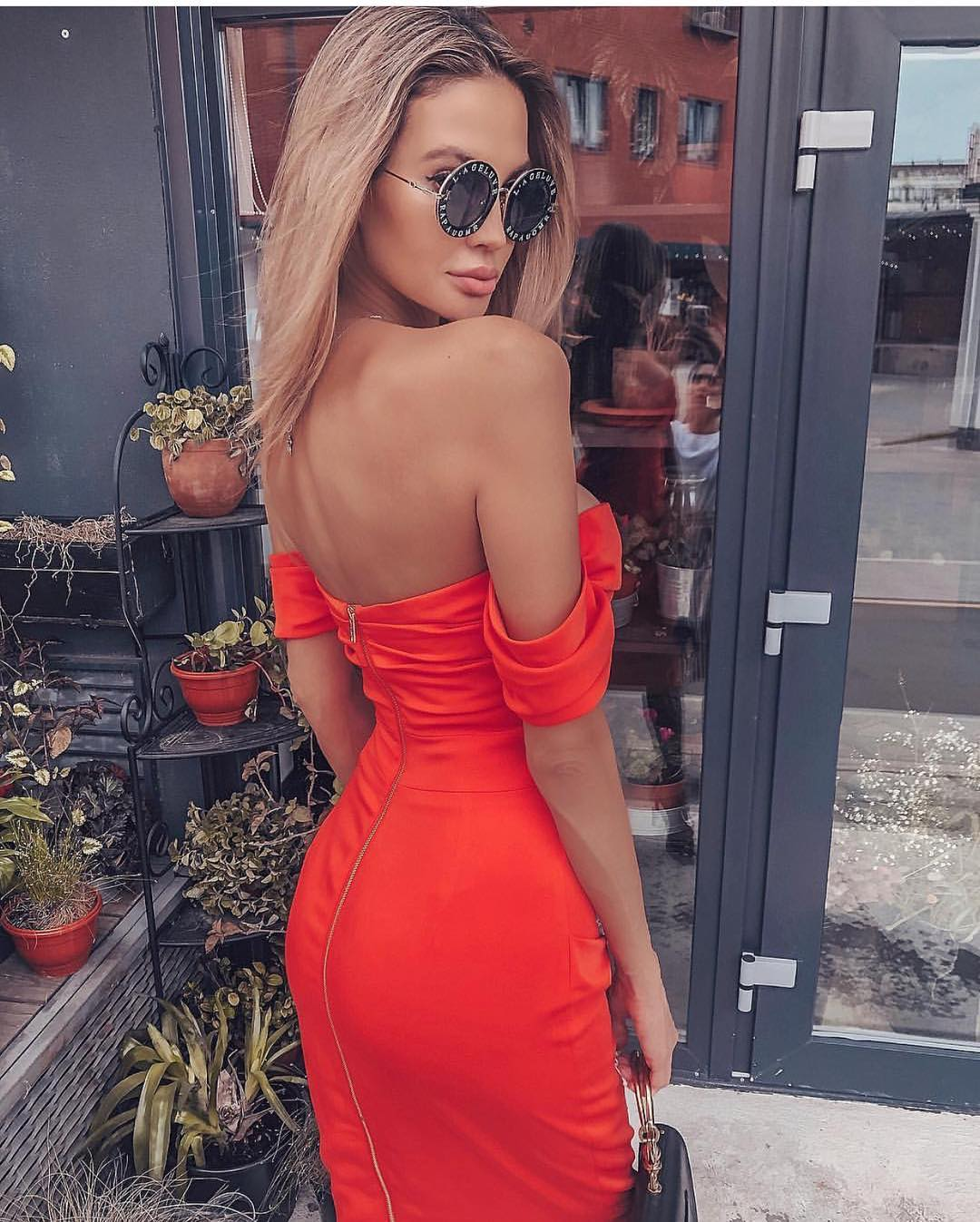 Strapless Slim Dress In Red And Rounded Sunglasses For Summer Parties 2019