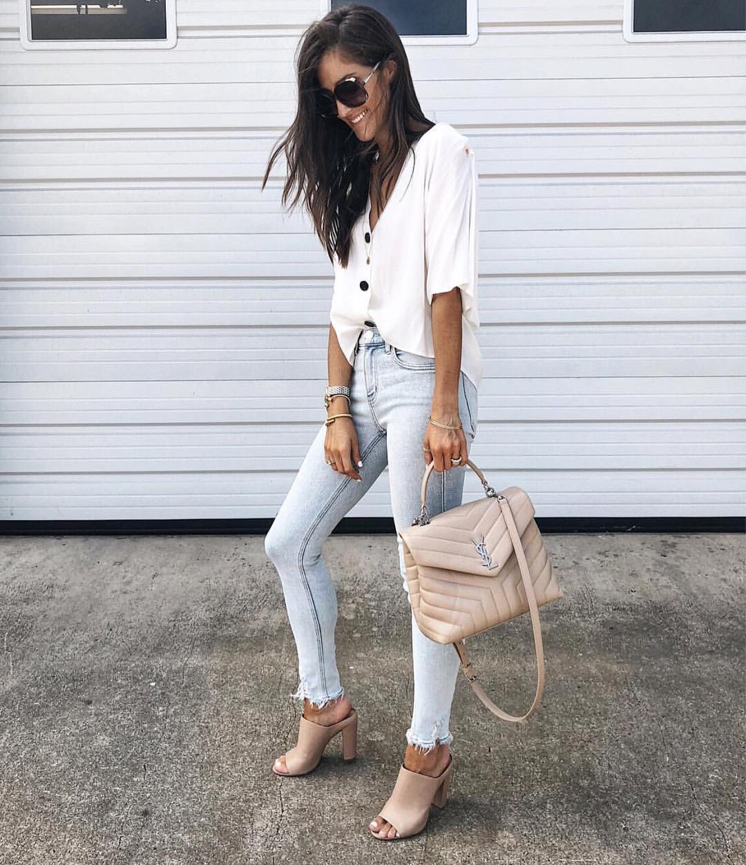 V-neck White Shirt With Wash Blue Skinnies And Peep Toe Mules For Summer 2019