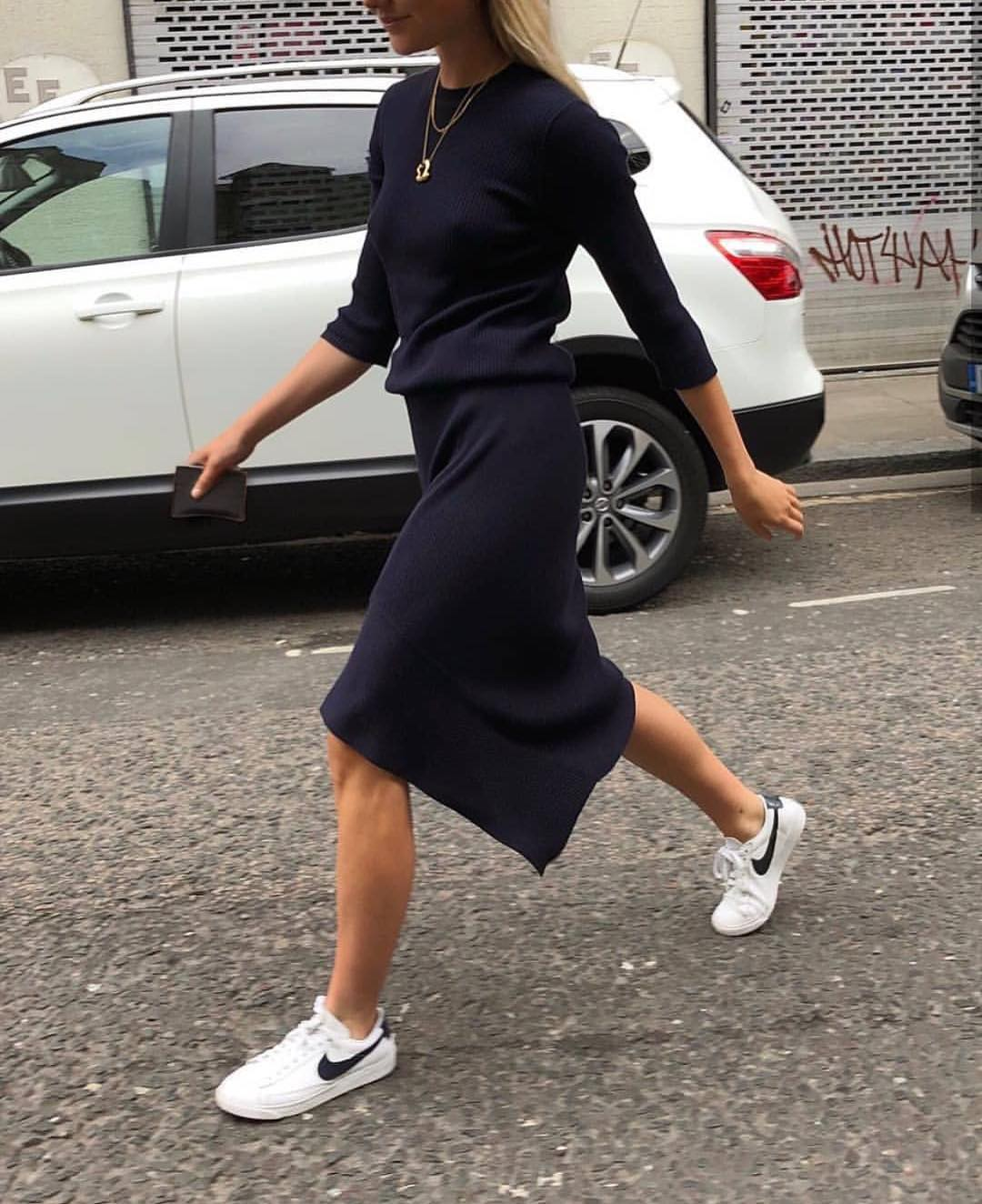 Navy Dress With Long Sleeves And White Sneakers For Spring Street Style 2020