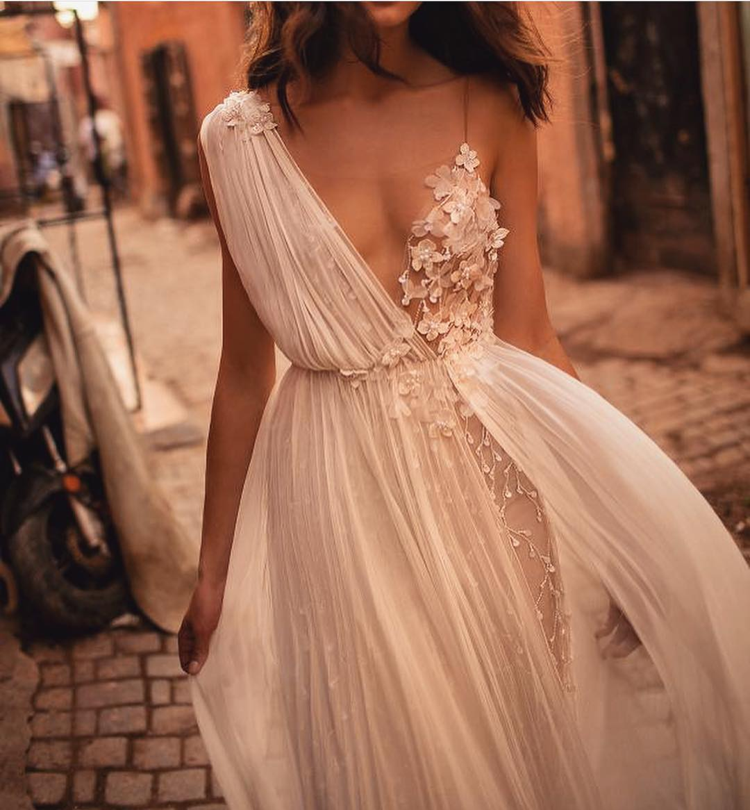 Tulle Dress With One Shoulder And Spaghetti Strap For Special Summer Events 2019