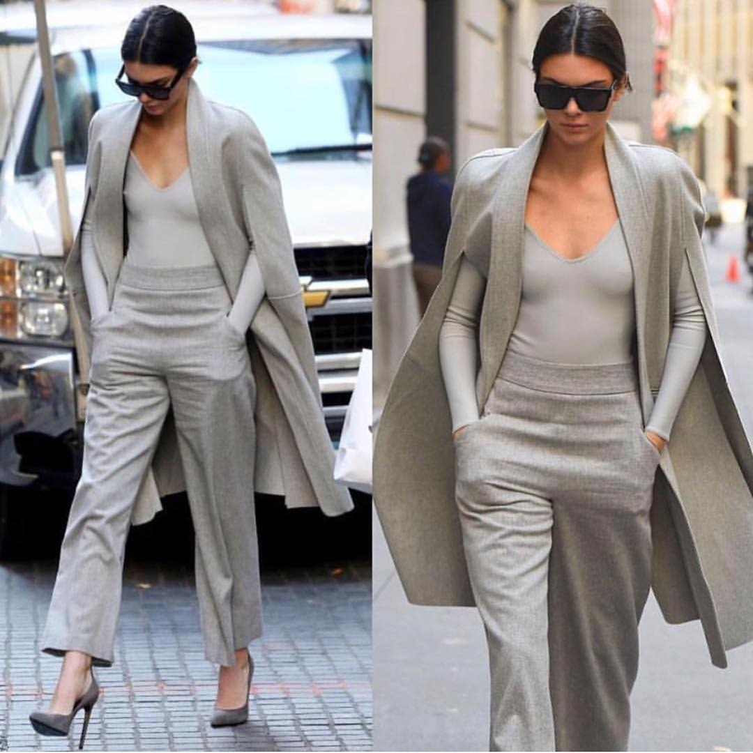 All Grey Oufit For Spring: Coat, Bodysuit And Pants 2019