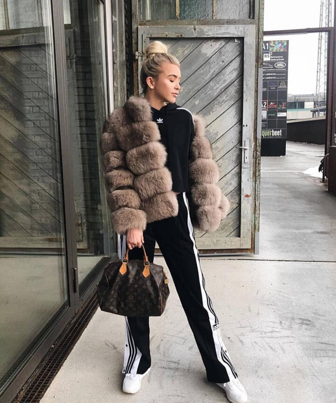 Black Tracksuit And Fur Jacket For Fall Season Street Walks 2019