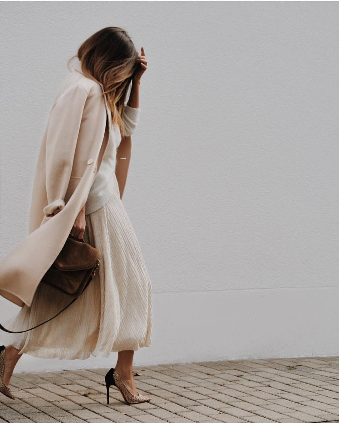 All White Fall OOTD: Coat, Mohair Sweater And Pleated Maxi Skirt 2020