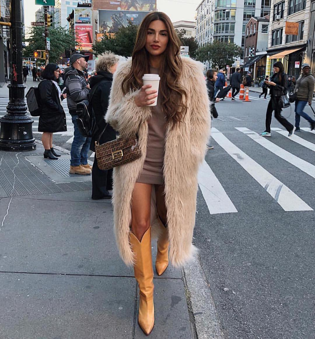 Can I Wear Long Fur Coat In Beige With Brown Leather Cowboy Boots 2019