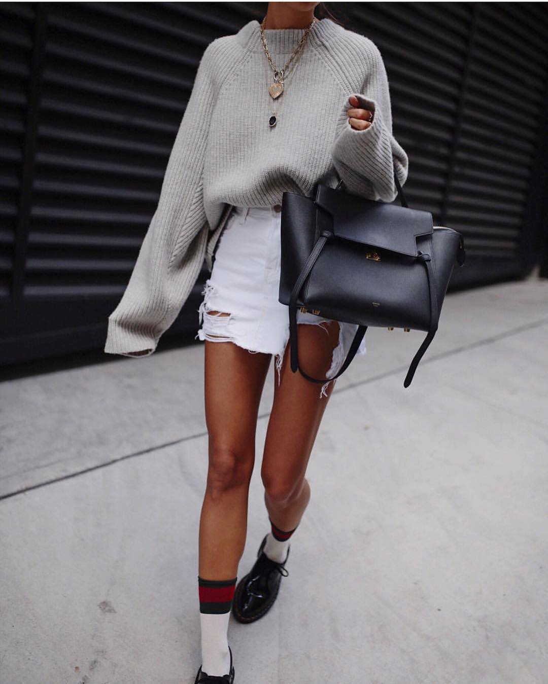 Oversized Sweater With Frayed Denim Skirt And Brogues For Grunge Lovers 2020