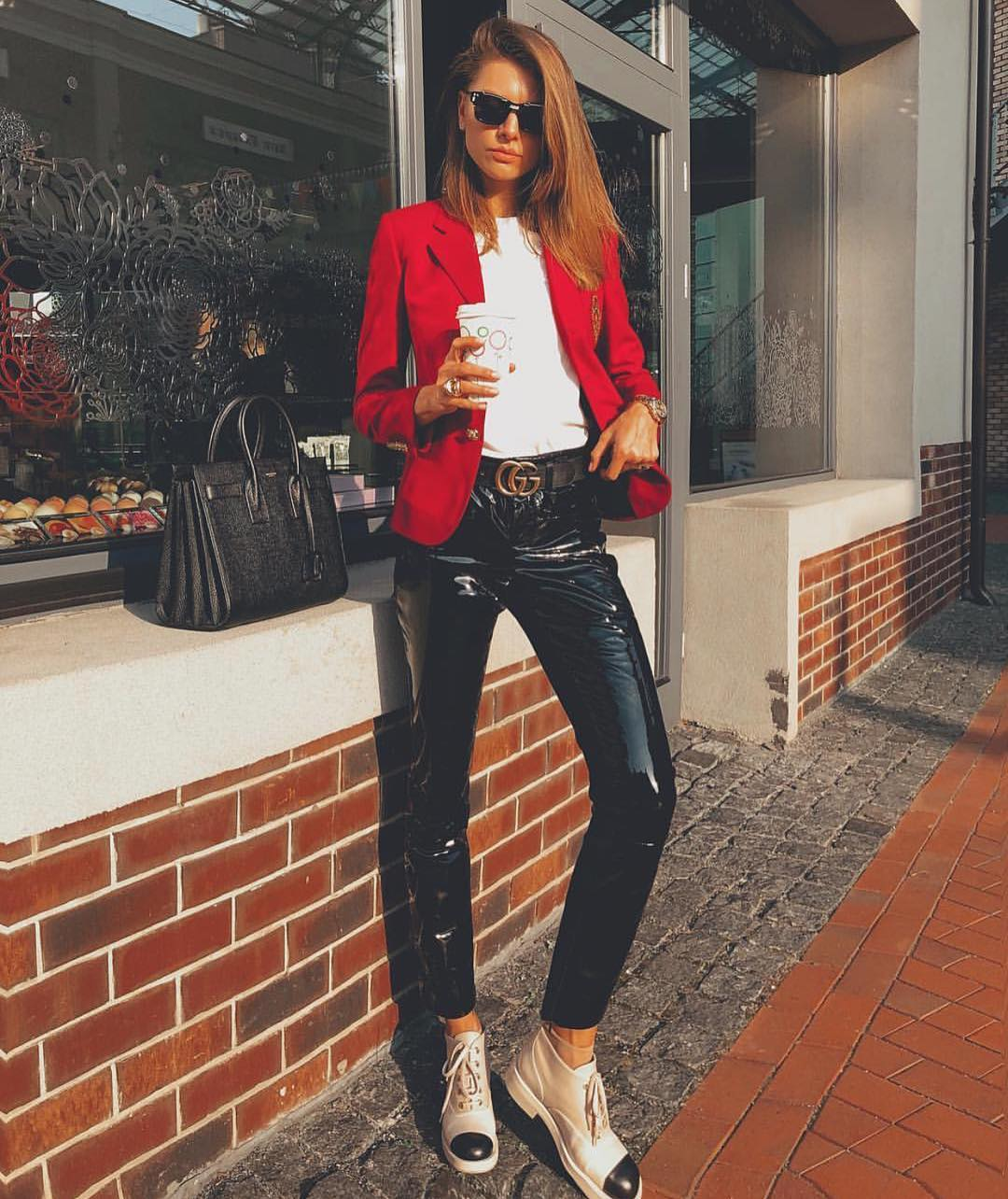 Can I Wear Red Blazer With Black Leather Pants This Fall 2019