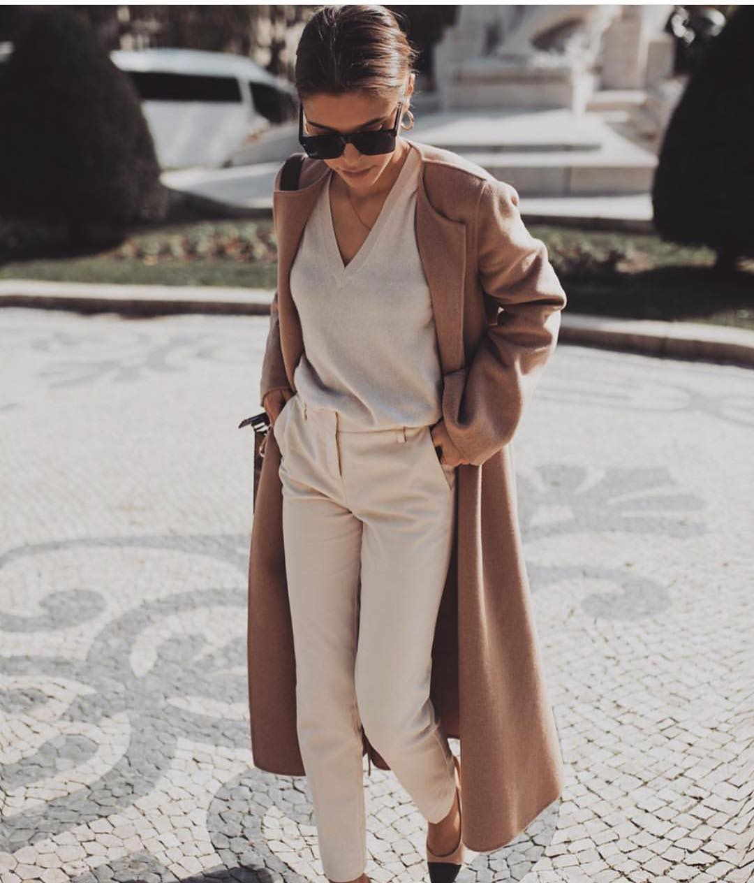 Maxi Camel Wool Coat With Cream V-neck Sweater And Cream Pants For Fall 2019